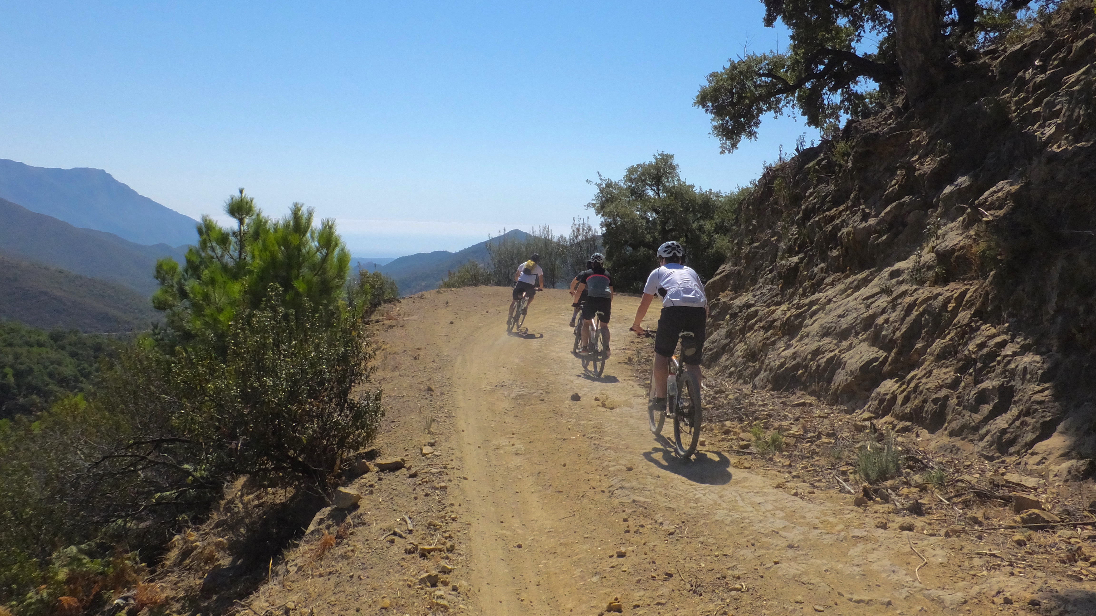 Guided mountain bike holidays in Spain